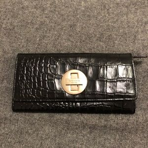 Kate Spade - Cyndi croc embossed wallet - Black
